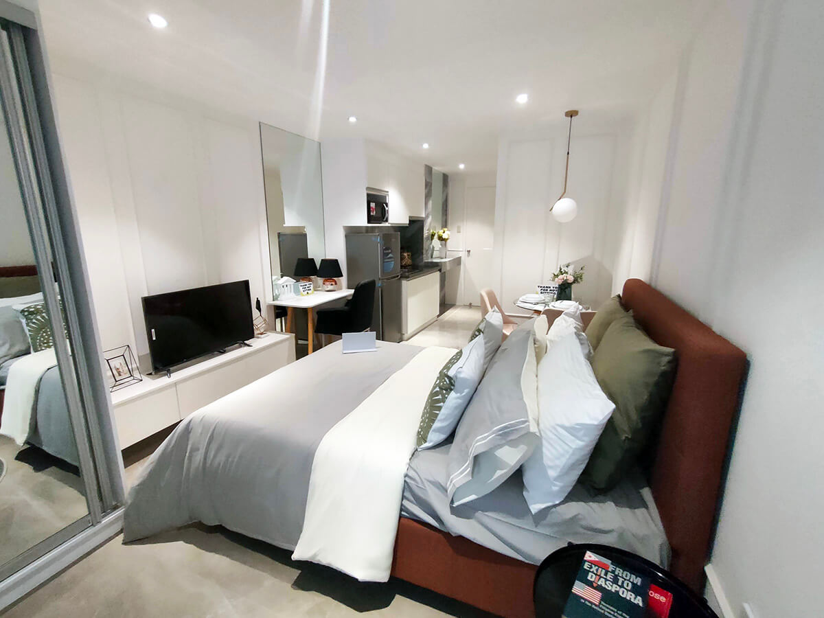 Studio - Bed Area